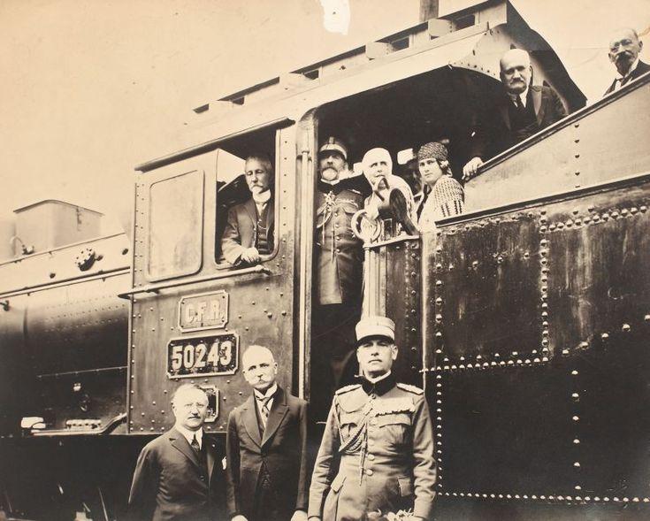 MM.LL. Regina Maria, Regele Ferdinand și Alexandru Averescu, anul 1920
