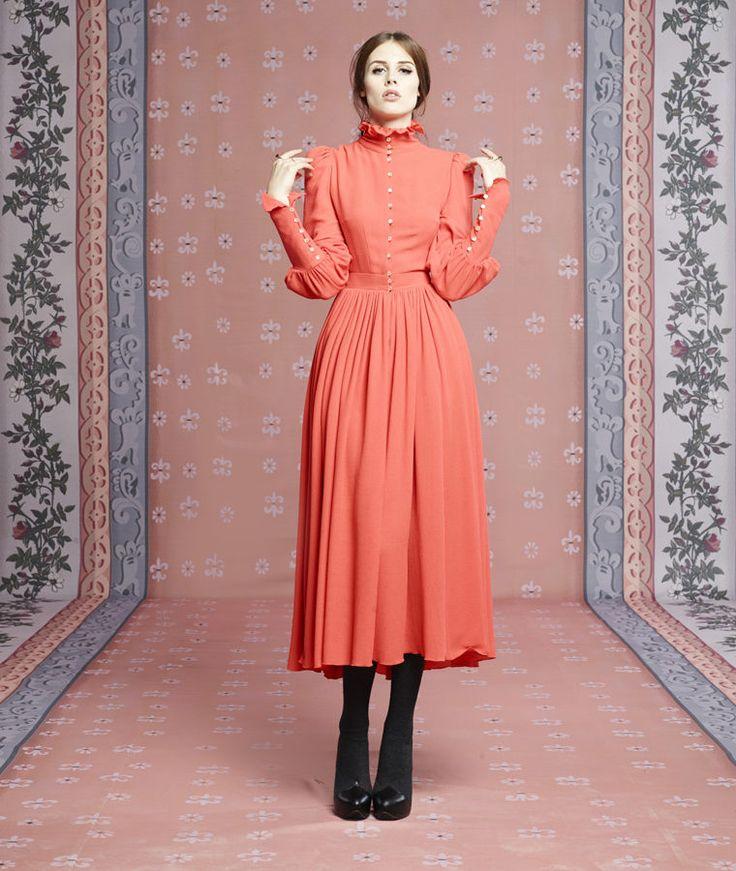платья ульяны сергиенко фото джинсы всевозможными отделочными