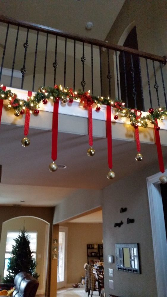 25 Benefits Pf Stair Lights Outdoor: Best 25+ Christmas Stairs Decorations Ideas On Pinterest