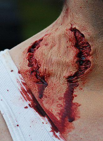 Halloween Makeup, Halloween Masks & Special Effects Prosthetics :: Half Bite Prosthetic -