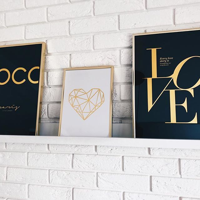 On my wall 💛🖤 #zloteplakaty #home #homedecor #wall #wnetrza #decor #love #heart #coco ⭐️