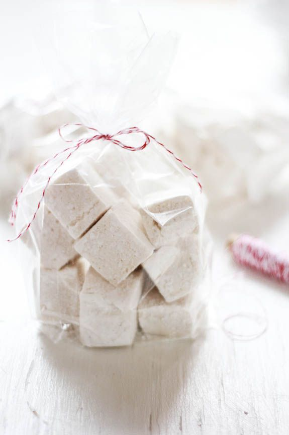 homemade fluffy marshmallows {corn syrup free}   The Clever Carrot