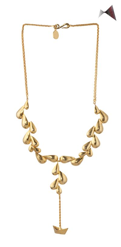 Each piece by Eina Ahluwalia is created with equal head, heart and hand; each jewel is unique and independent.