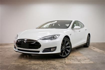 Is this a really good deal for this model? Or is it normal to find this price range for this model/year? #Tesla #Models #car #Automotive #cars #Autos