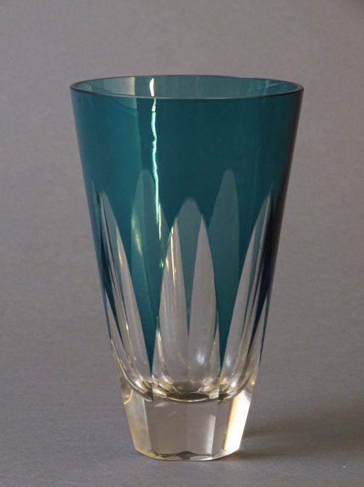 Vase, Glas, petrolfarben überfangen, wohl Böhmen, um 1960
