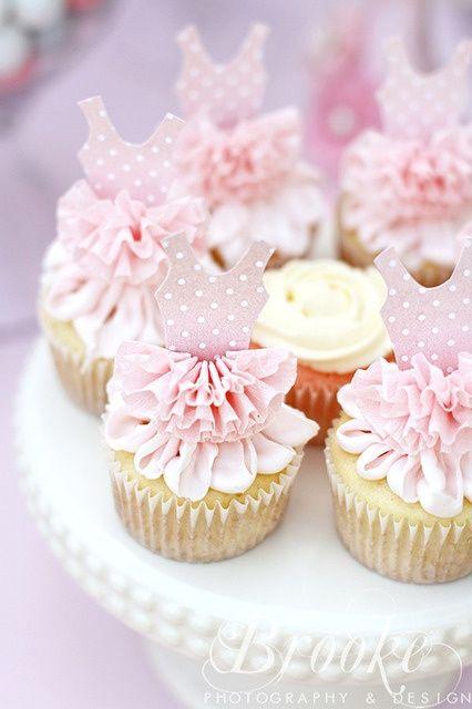 Ballerina Cupcakes - eine leckere Idee für deinen nächsten Kindergeburtstag unter dem Motto Prinzessin