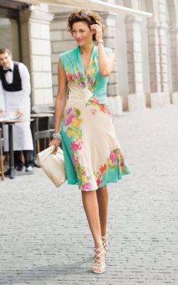 FREE Spring/Summer Dress Pattern, FREE bag pattern, FREE embroidery pattern