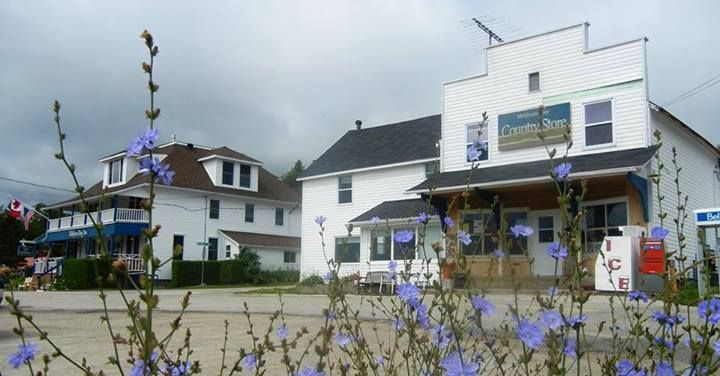 Meldrum Bay Inn and Restaurant and Country Store