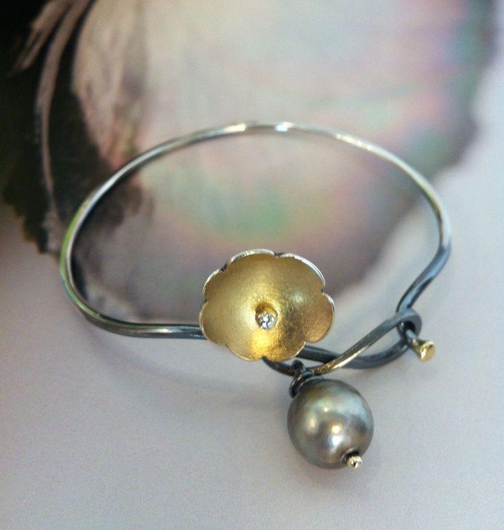 Bracelet.Silver and gold.Tahitipearl.Diamond.