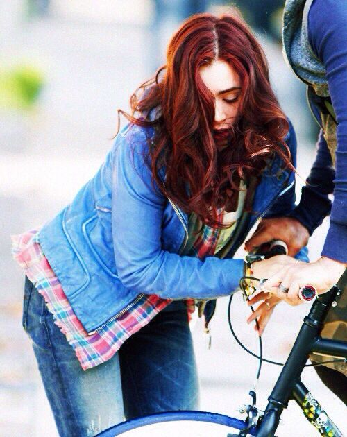 Clary fray. I want to color my hair like hers badly! >.