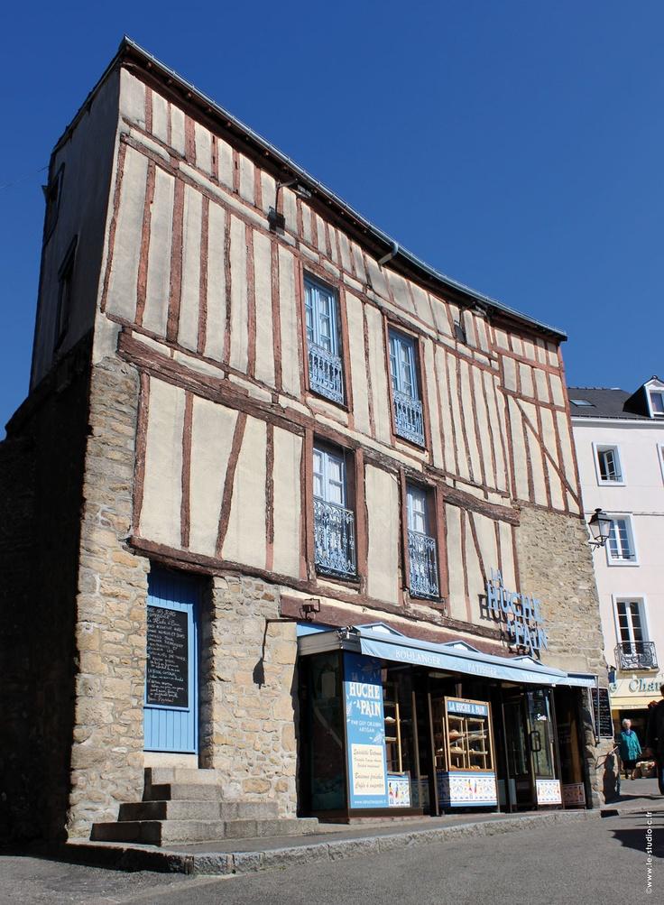 La Huche à Pain - Guy Orjubin - Boulangerie / Pâtisserie / Traiteur - Centre-ville de Vannes (Morbihan - Bretagne)