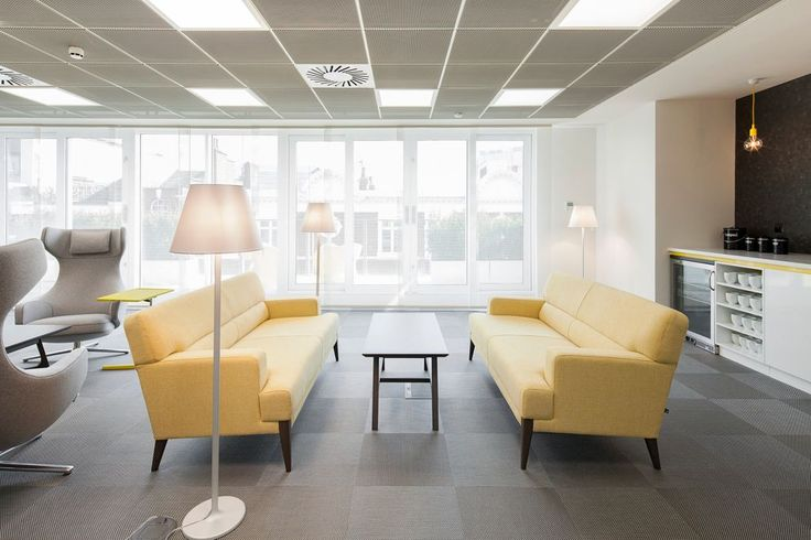 Overburys 77 Newman Street London, Armstrong Sufity Podwieszane, acoustic, ceiling, sufit akustyczny, Metal Mesh MicroLook