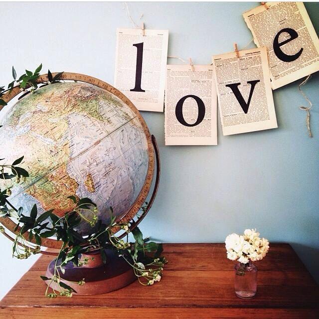 Bruant d'amour faite de papier vintage chambre décoration mariage décoration décoration by theStoryOfVintage on Etsy