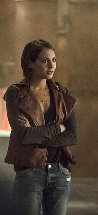 Arrow 3x05 - Thea Queen