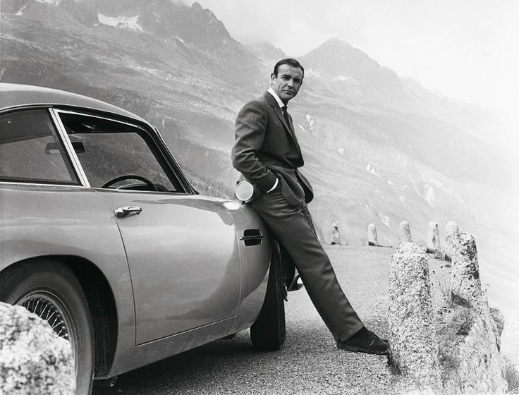 The James Bond Archives. SPECTRE Edition - This trade edition of The James Bond Archives includes all the imagery and behind-the-scenes knowledge as the original XL book, just with a smaller format and a softer price tag.