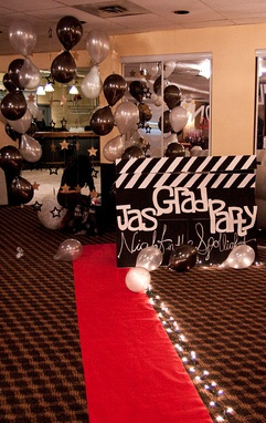 Diy Hollywood Themed Graduation Party Photo Backdrop