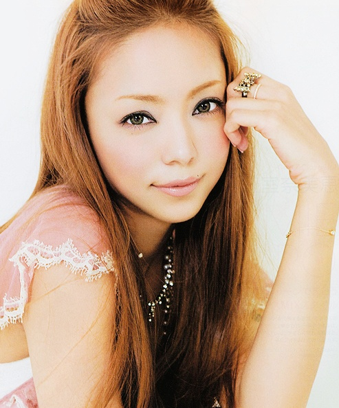 安室奈美恵 の写真 — Namie Amuro in SPRING August 2010 Issue. ** Edit by me
