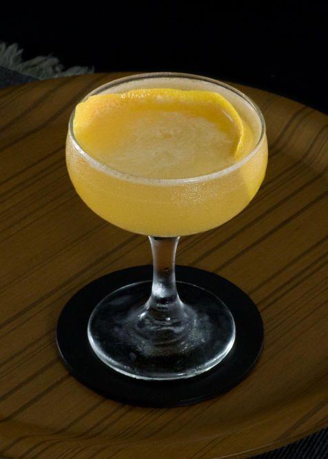 Gilchrist   Tuxedo no.2   blended scotch, pear brandy, grapefruit, amaro, orange bitters