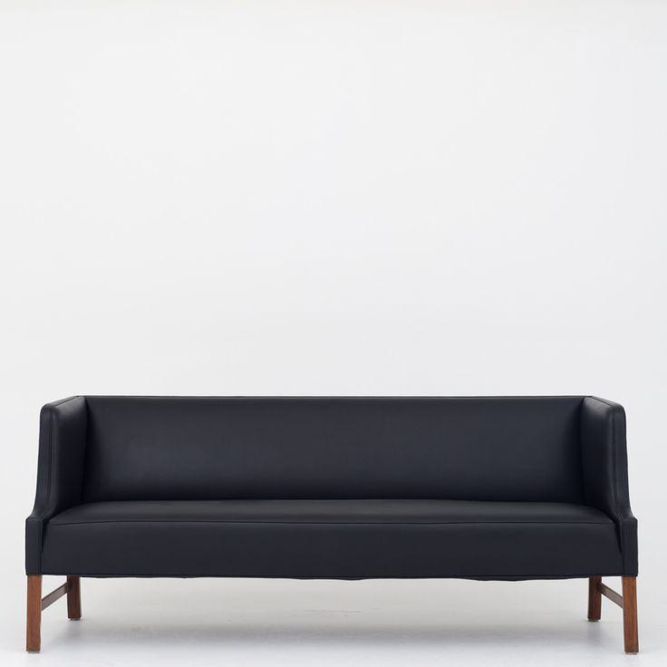 3-seater sofa in black leather