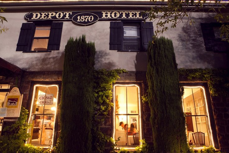 The historic depot hotel restaurant at night just blocks for Small historic hotels