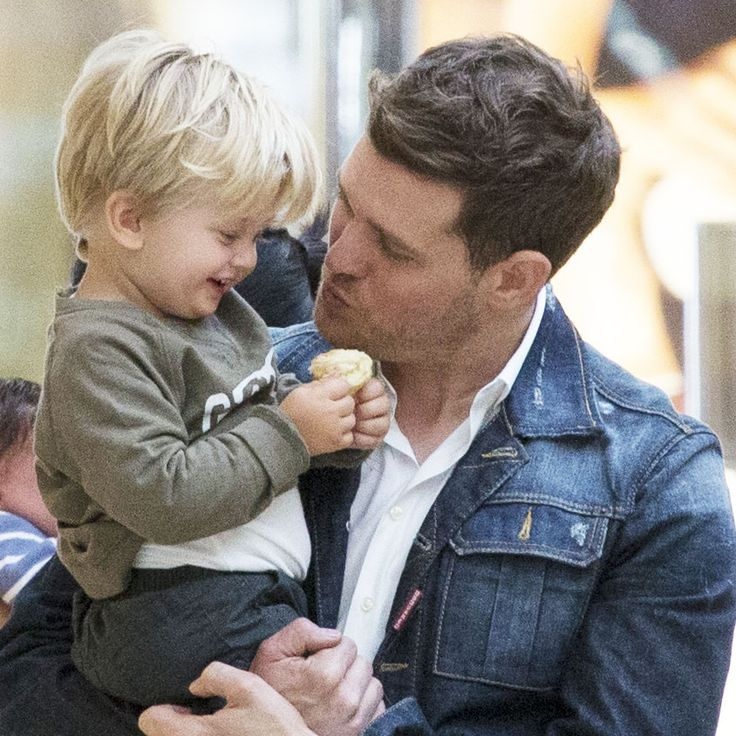 Michael Bublé's friend reveals the singer has put his career on hold following his son Noah's cancer diganosis.