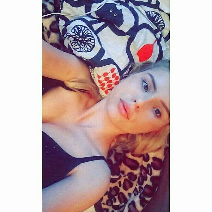 No make up #girl #munich #münchen #berlin #newyork #stuttgart #weekend #longhair #ass #lips #eyebrow #lashes #snapchat #model #insta #rus #hrvatska #croatia #kroatien #nails #fitness #motivation #work #volleyball #car #workout #goal #muskles #sport #blondehair