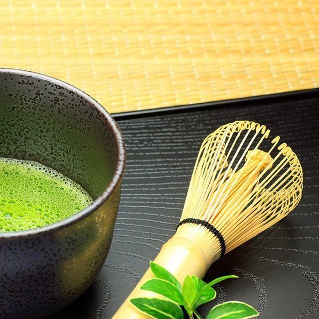 Good morning tea lovers  // Jó reggelt tea kedvelők  #szegedbudokan #martialarts #academy #szeged #budokan #harcművészet #tea #green #greentea #japanese #japan #healthy #health #drink #fit #cleanse #antioxidants #fitness #motivation #picoftheday #matcha #latte #monday #morning