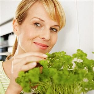 10 Healthy Herbs and How to Use Them - Diet and Nutrition Center - Everyday Health