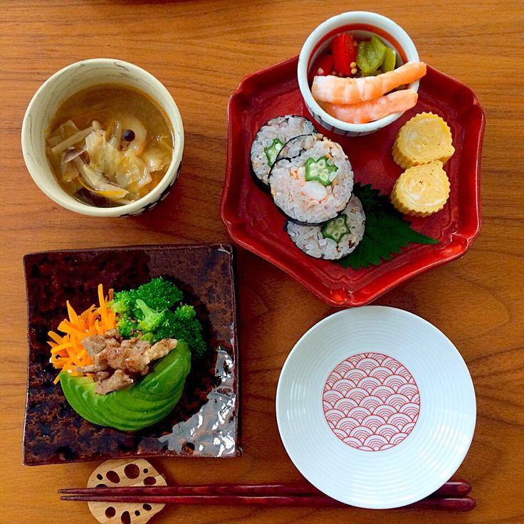 はなこ's dish photo 巻き寿司朝ごはん | http://snapdish.co #SnapDish #朝ご飯 #お寿司 #サラダ #保存食/常備菜