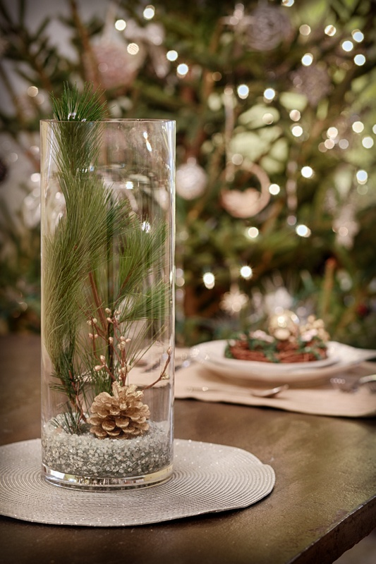 Diy Ideen Wintery Holiday Centerpiece | Holiday Centerpieces, Winter