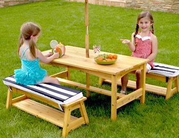 Kids' Outdoor Furniture