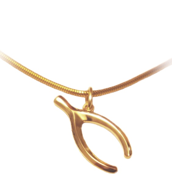 Wish bone in 14K gold, made by Ailin Roelvaag.