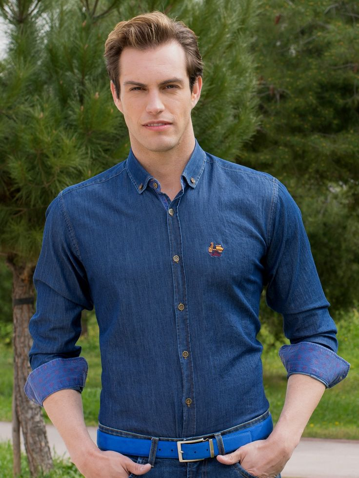 Camisa en color denim oscura con estampado en cuello y puño de La Vespita Tienda online | Moda mujer y hombre