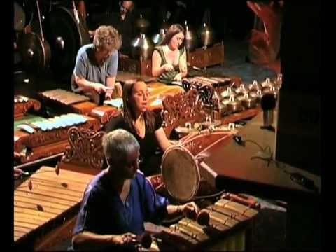 orang amerika main,,,,, gamelan from javanese(ketawang subakastawa)