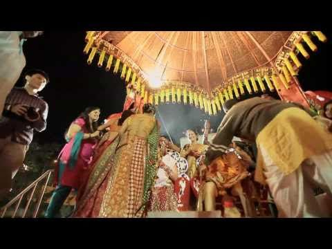 I love this one <3 .A truly India Wedding - Gujarati Wedding in Baroda ( India )