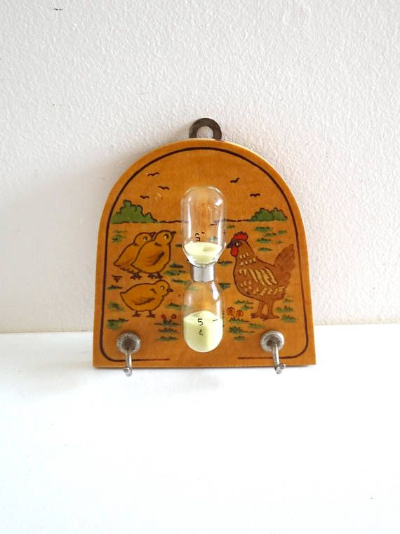 Vintage Egg-Timer Decorated with a Hen and Its Chicks  French