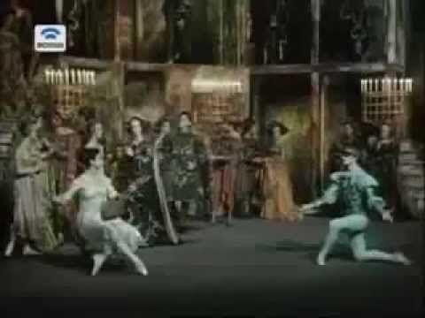 """Рудольф Нуриев """"Ромео и Джульетта"""". 66 г. - YouTube"""