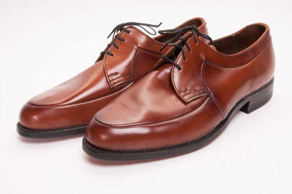 Chaussure masculine des années 60 taille par MetropolisNYCVintage, $75.00