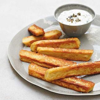 Panisses croustillantes et leur condiment de fromage frais aux pépins de courge