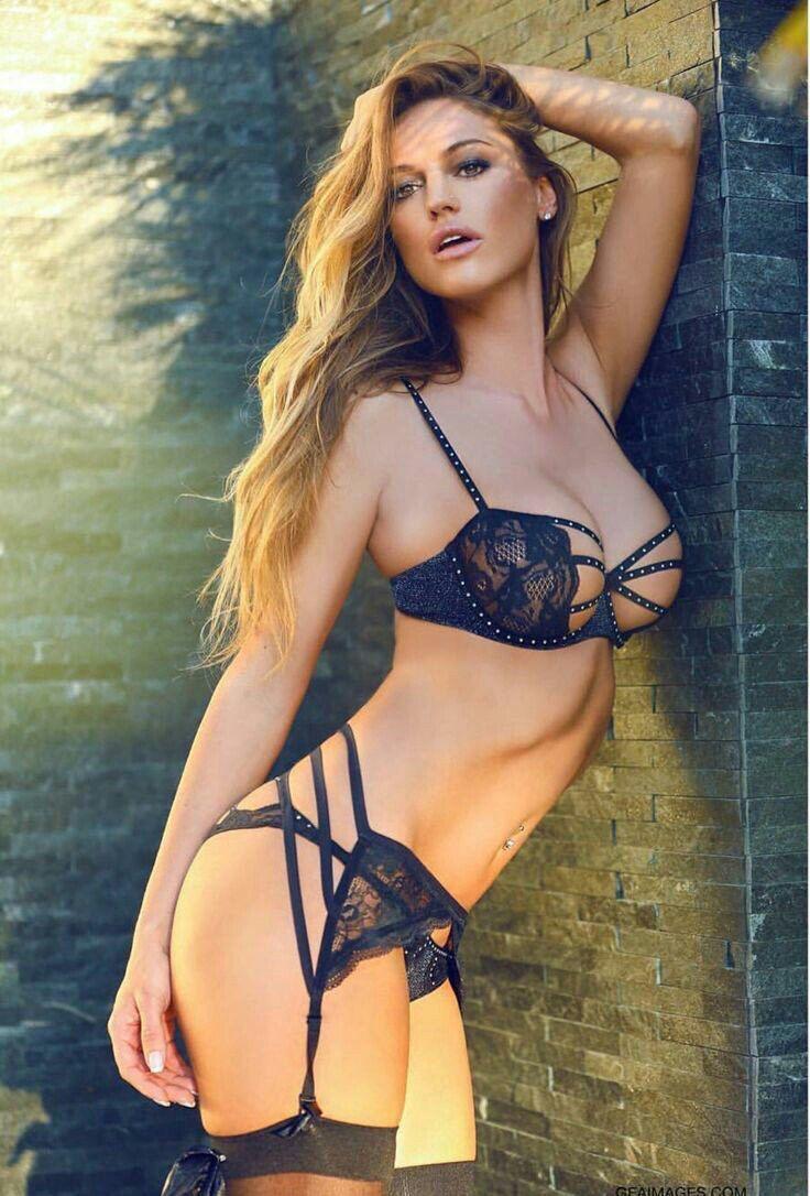 Bikini Billie Piper nudes (25 photo), Tits, Bikini, Boobs, braless 2018