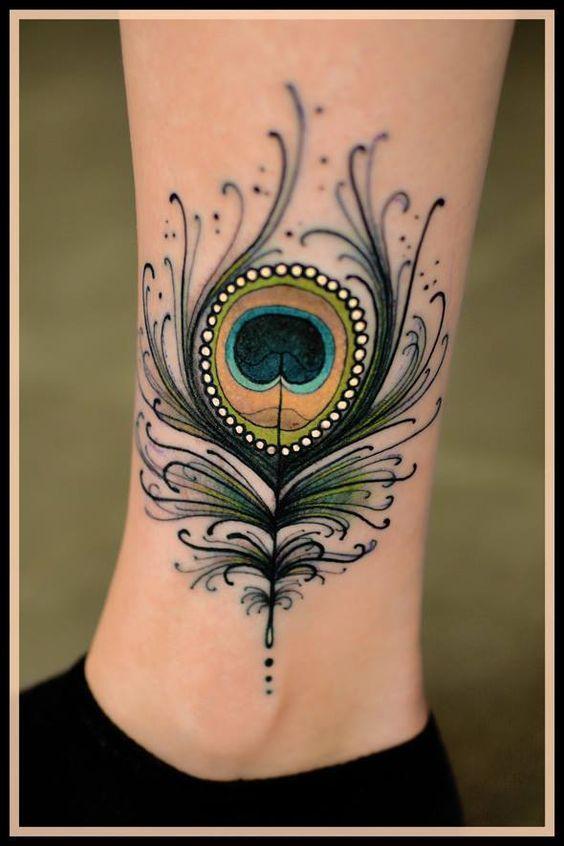 Delicados Delineados En Tatuajes De Plumas De Pavo Real Tatuajes