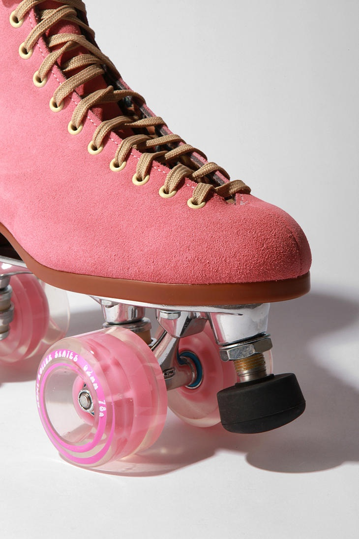 Pink! Oooh... think I know what I'll do with my blue suede ice skates now...