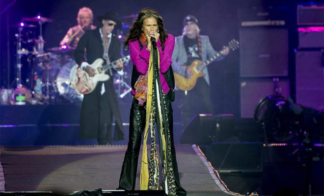 Steven Tyler pays tribute to daughter Liv