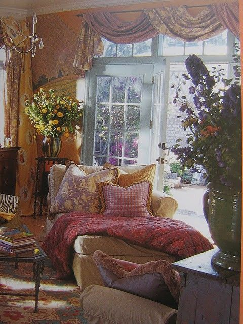 French Country home of Nina Williams out of her book: The Illustrated Cottage  - A Decorative Fairy Tale Inspired by Provence (lovely book!)...Michele Lyon