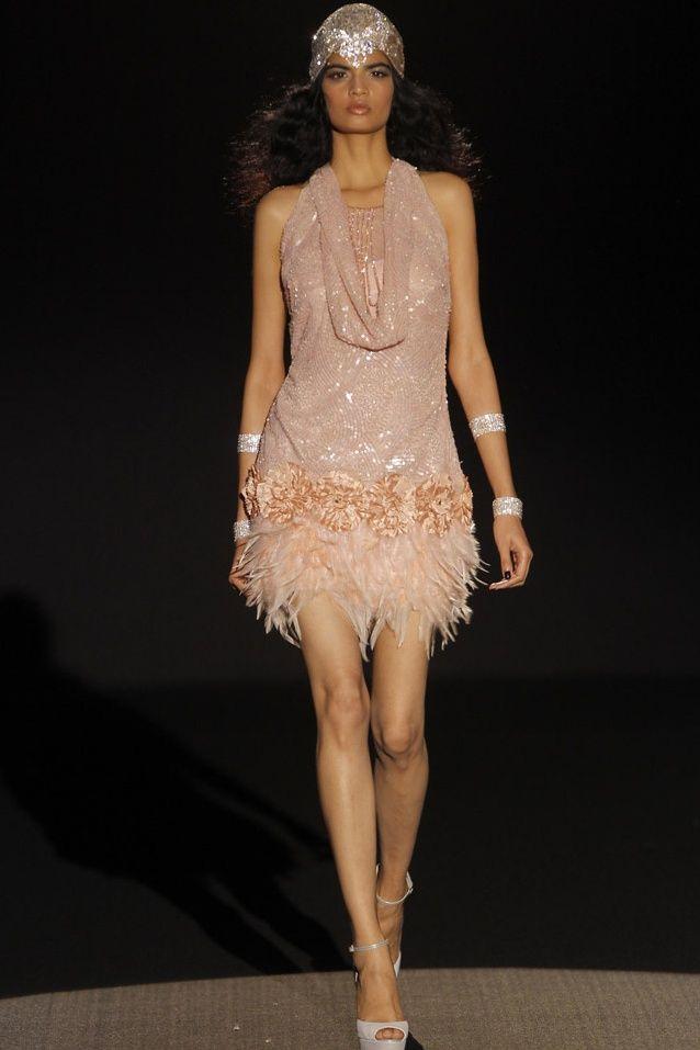 Sonia Peña vestidos de fiesta 2015 color nude. Disponible en www.boutiqueclara.com