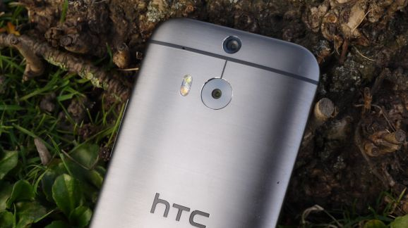 HTC might pull an iPhone 5C with a cheaper, plastic One M8