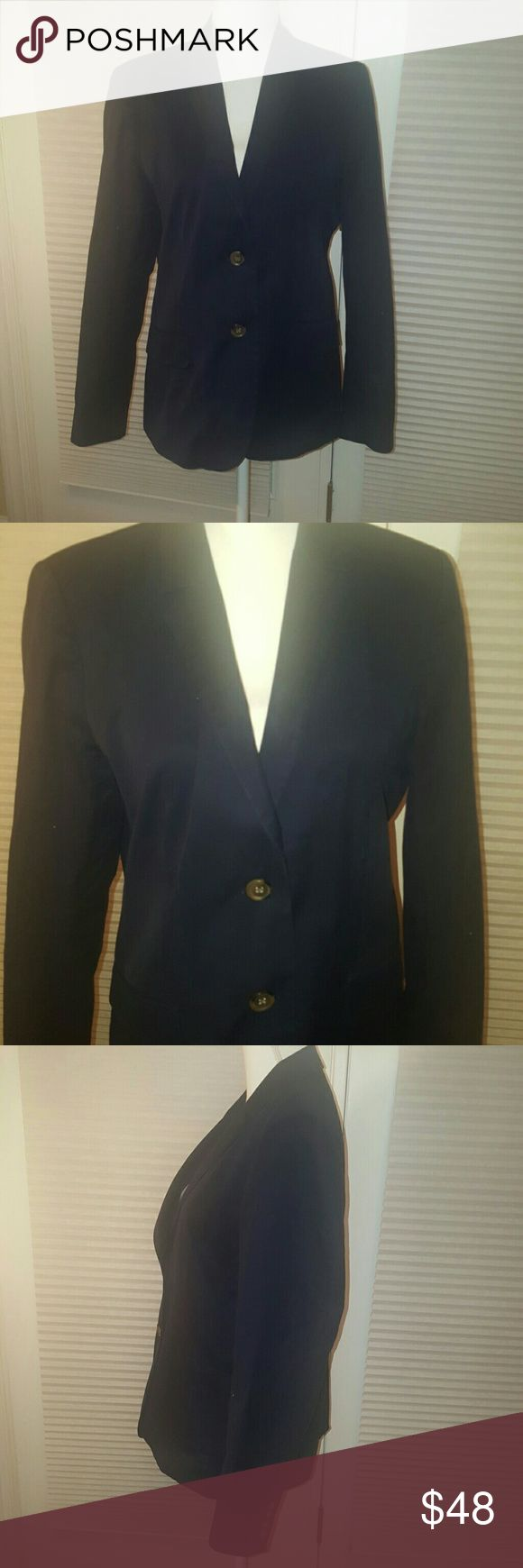 J.Crew navy school boy cotton blazer size 12 This blazer is like new  J.Crew navy blue school boy blazer.  Size 12  cotton and spandex blend, very light weight and perfect for spring and summer. J. Crew Jackets & Coats Blazers