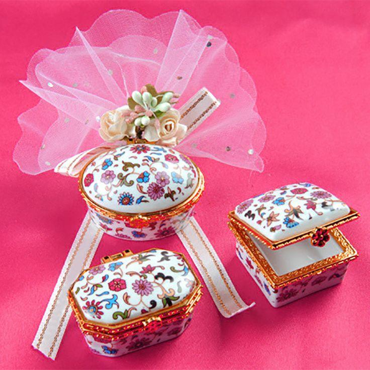 bu da iyiymiş  Uygun fiyatlı ve kaliteli bir nikah şekeri  https://www.edavetiye.com.tr/porselen_nikah_sekeri_1001_178-1183.html
