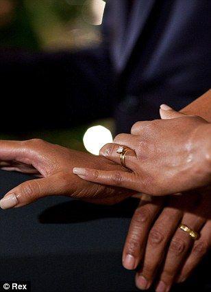 kates engagement ring has increased in value 10 times obama ringcelebrity wedding - Obama Wedding Ring