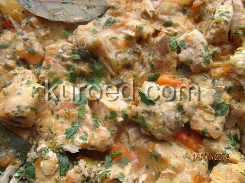 Цыпленок по-царски - в сливках, с грибами, яблоками, овощами и вином